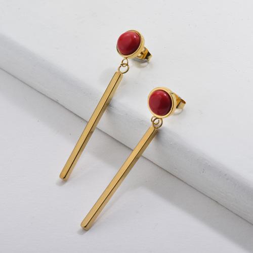 Boucle d'oreille en or avec rubystone style français