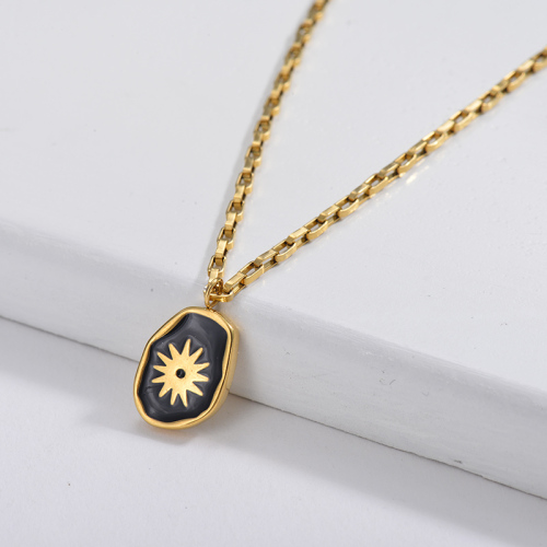 Black Irregular Oval Sun Pendant Square Link Chain Necklace