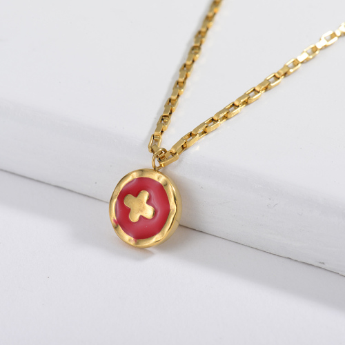 Red Cross Round Pendant Square Link Chain Necklace