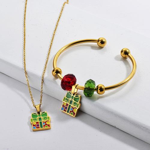 Conjunto de brazalete de collar chapado en oro de acero inoxidable al por mayor