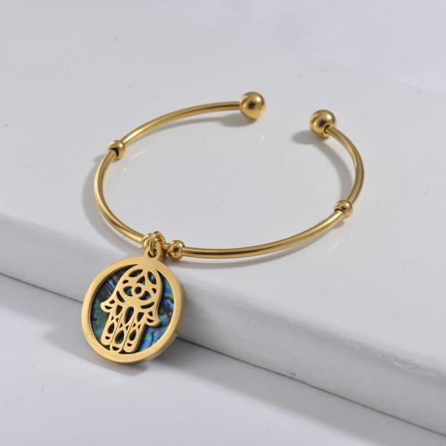 Bracelet en acier inoxydable doré de style simple avec coquillages colorés et pendentif main hamsa