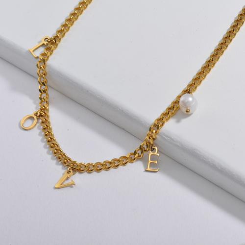 Amante de la joyería Encanto de la letra de amor con collar de cadena de eslabones gruesos de perlas de agua dulce