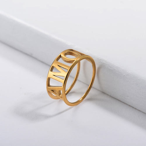 Anillos de compromiso con letra inicial simple de oro de acero inoxidable