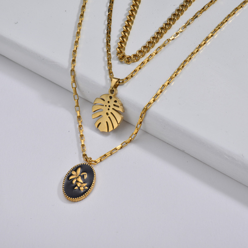 Black Enamel Round Pendant With Monstera Leaf Layer Mixed Link Chain Necklace