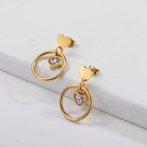 Boucle d'oreille coeur plaqué or avec cristal en forme de coeur