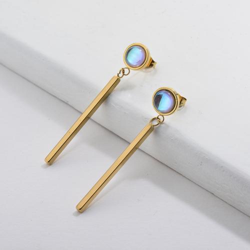 Boucle d'oreille en or avec pierre de cristal style français