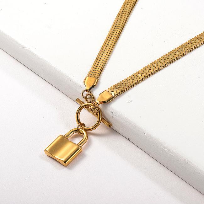 Collar de cadena de serpiente con broche OT colgante chapado en oro de moda