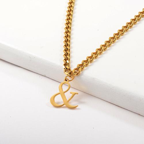 Collar de cadena de eslabones con colgante de oro y signo especial de diseño especial