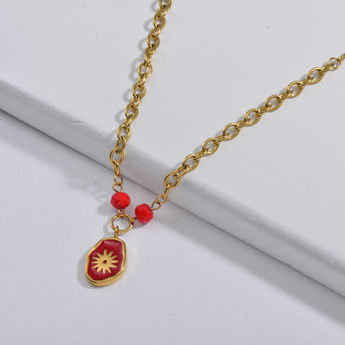 Red Irregular Star Oval Pendant With Beaded Link Chain Necklace
