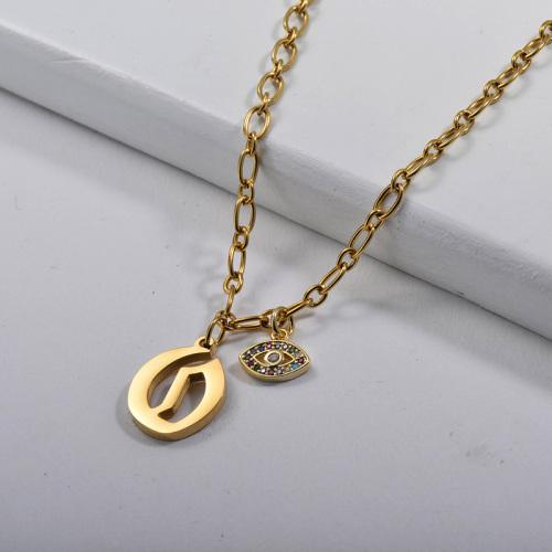 Lettre O de style gothique en or avec collier à breloques en cuivre Evil Eye