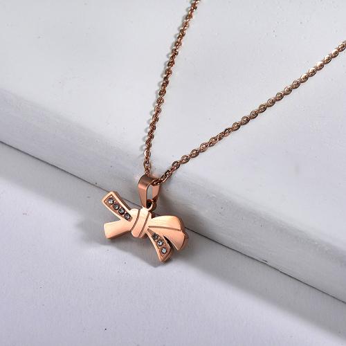 Collar de oro rosa estilo moda