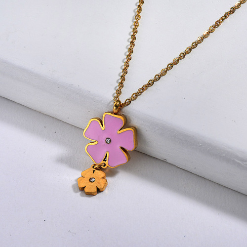 Pink four-leaf clover style gold necklace