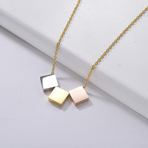 simple gold necklace Three small square pendants