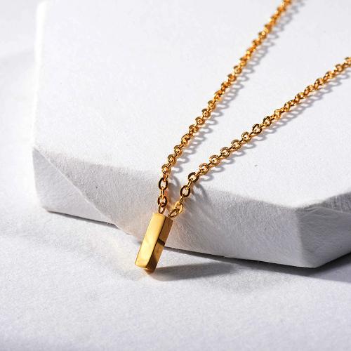 Lindo collar de encanto con nombre de letra I de oro de joyería para mujer
