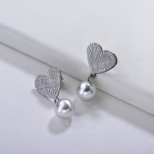 Boucles d'oreilles en perle de coeur de personnalité de bijoux en acier inoxydable plaqué argent