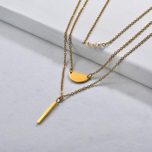Collier multicouche avec barre de perles