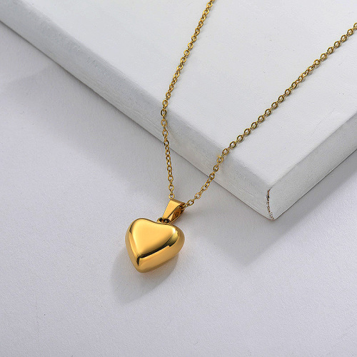 Heart Pendant Necklace in Stainless Steel