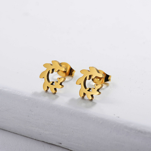 Joyería chapada en oro Diseño de personalidad Pendientes de corona de estilo lindo de acero inoxidable