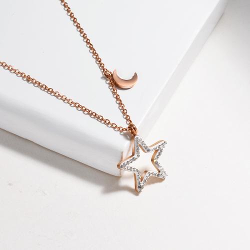 Collar de oro rosa con forma de estrella de cinco puntas de arcilla
