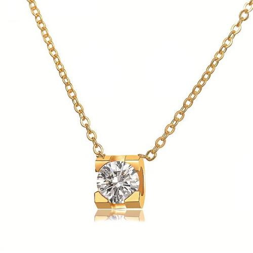 Collar de oro con diamantes grandes de moda