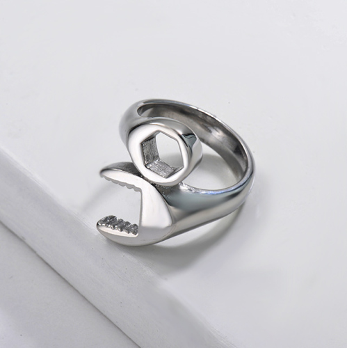 Wholesale Stainless Steel Fashion Silver Screw Wedding Ring