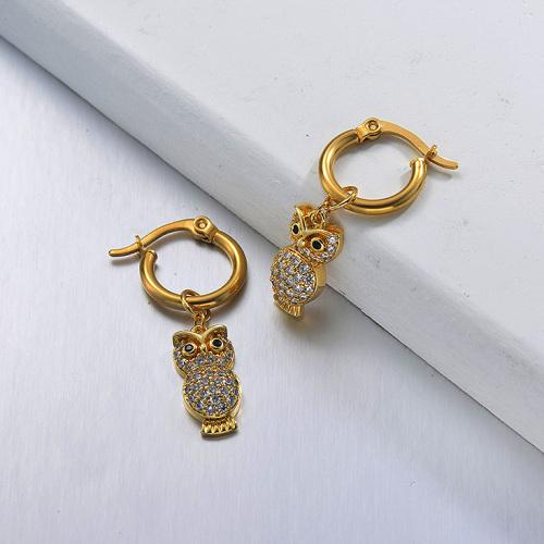 مجوهرات مطلية بالذهب تصميم يدوي أقراط من الفولاذ المقاوم للصدأ على شكل بومة