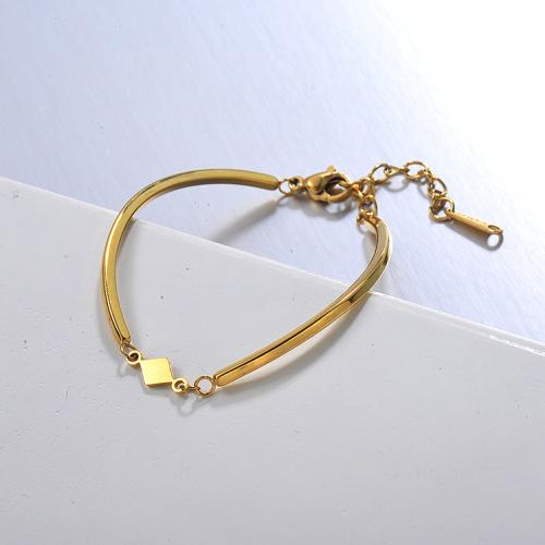 Pulsera de mujer abierta de acero inoxidable dorado de estilo simple