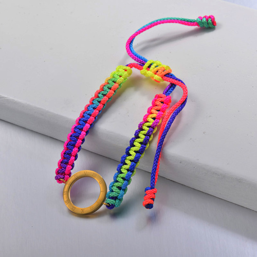Nueva pulsera tejida a mano con cuerda de color de estilo étnico con colgante hueco redondo