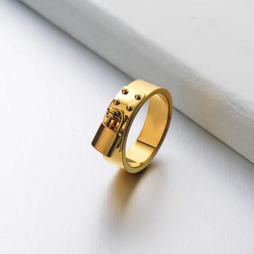 Anillo Bañado En Oro Minimalista Lock