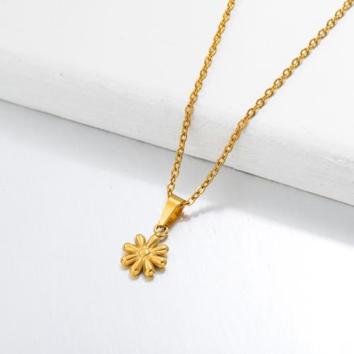 Collar con Colgante Dainty Daisy Chapado en Oro de 18k -SSNEG143-32654