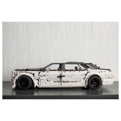 4019Pcs Phantom VIII EWB MOC-74084 Sports Car Small Particles MOC Car Building Blocks Toy - Static Version (Licensed and Designed by OleJka)