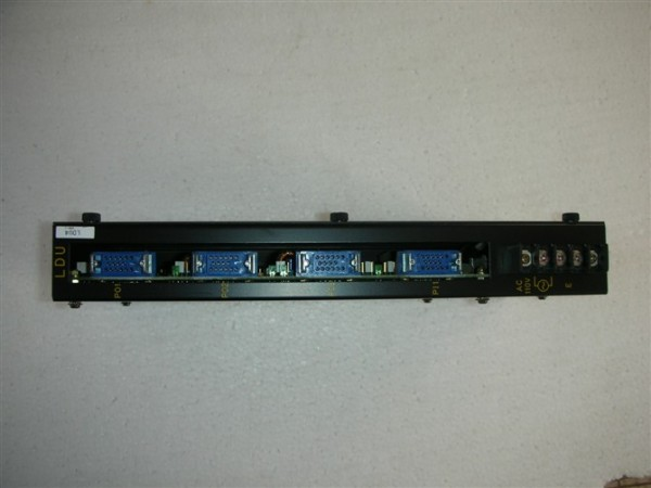 UX03045BAG01