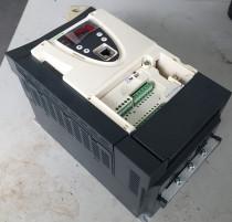 Schneider Frequency converter ATV61HU30N4Z