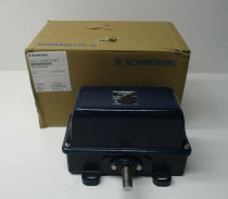 SCHMERSAL TA471-02/02Y-H-840 RTD Module