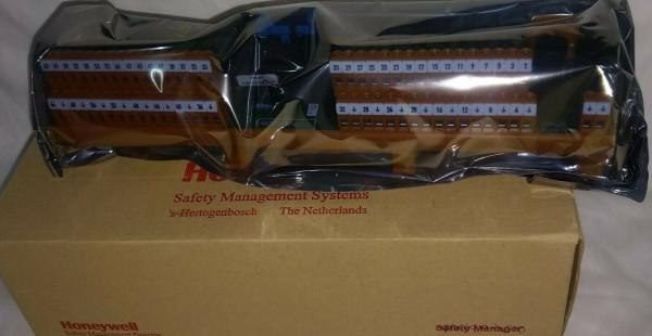 HONEYWELL FC-TSHART-1620M Safety Module