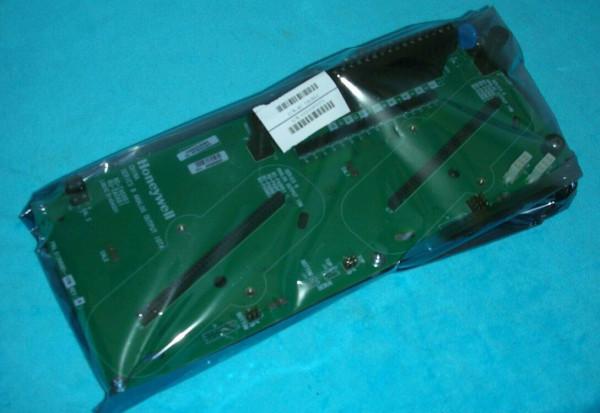 HONEYWELL 8C-TAOXB1 51307137-175 I/O Module