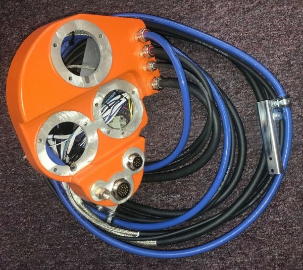 ABB 3HAC8304-1 NSNP Cable Module