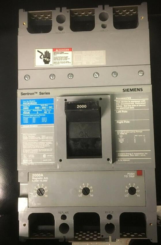 SIEMENS RXD63B200 CIRCUIT BREAKER 2000A