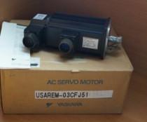 YASKAWA AC Servo Motor USAREM-03CFJ51 3000RPM 300W