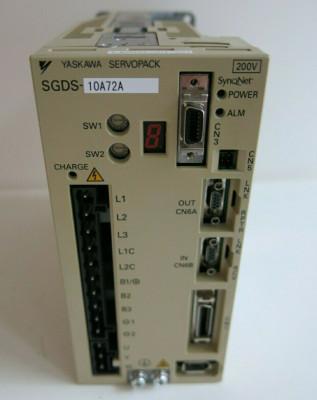 Yaskawa Electric SGDS-10A72A Servopack 200V Amplifier Industrial