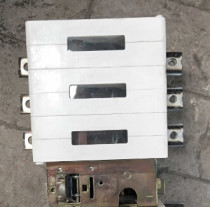 ABB Frequency converter ACS800 Rectifier unit / Isolating switch /OETL 400KML33 600VAC 400