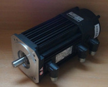 Lenze MDFKSRS071-03 Servo Motor