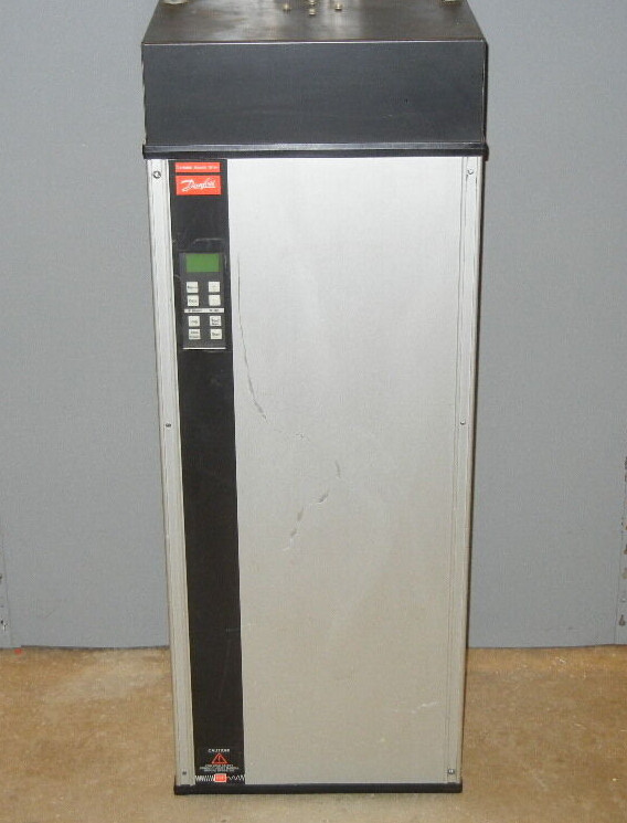 DANFOSS VLT TYPE 3032 SPEED DRIVE 440-500V
