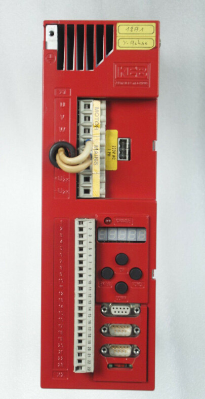 KEB AC DRIVER Combidyn 03.S4.R2E-3002