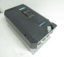 Siemens 6SE3222-3CG40 MIDIMASTER VECTOR AC DRIVE 208-240V 22A 47-63Hz