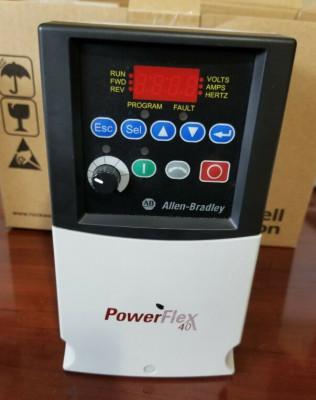 AB Allen Bradley 22B-D010N104 PowerFlex 40 AC Drive 5.0HP 13A 480VAC