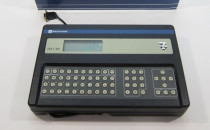 TELEMECANIQUE TSXT4070 Base Terminal PLC Programmer