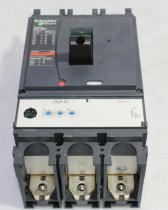 Schneider Compact NSX400F Micrologic Breaker Ui 800V