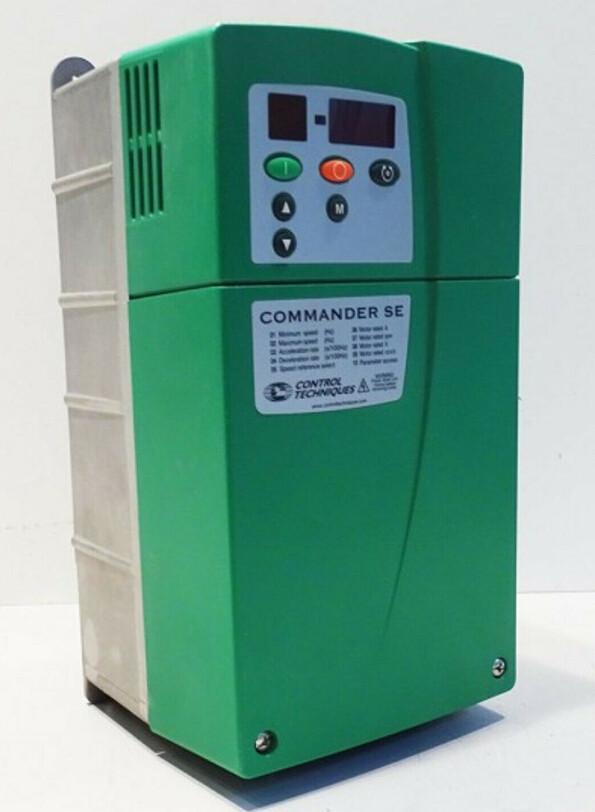 Control Techniques Commander SE23400150 2,5T 1,5kW Frequmrichter