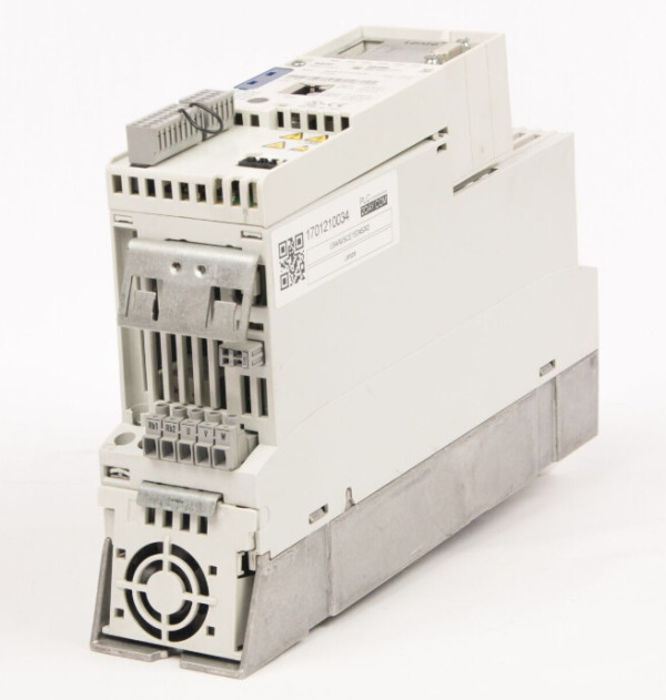 LENZE Inverter Drive E84AVSCE1524SX0